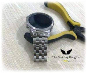 Thay Dây đồng hồ kim loại 5 hạt mo màu bạc