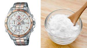 Baking soda dùng để làm sáng bóng dây đồng hồ kim loại