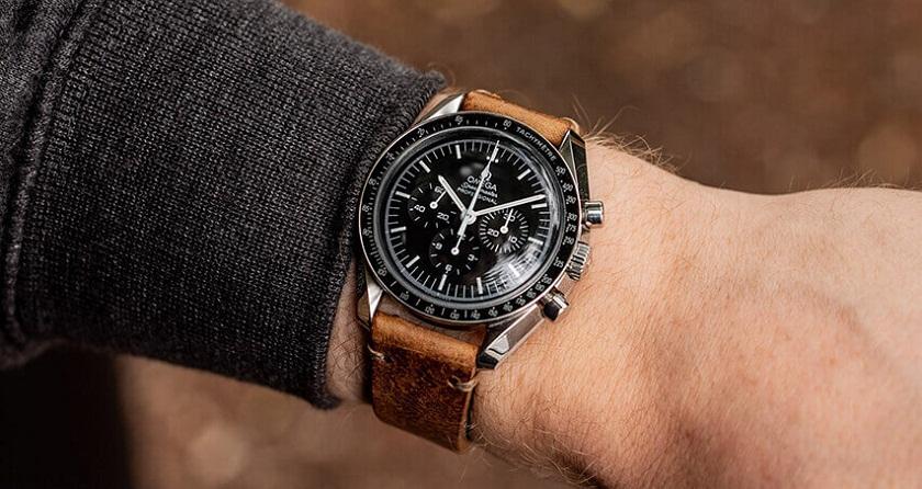 Đồng hồ dây da dành cho những người trẻ tuổi