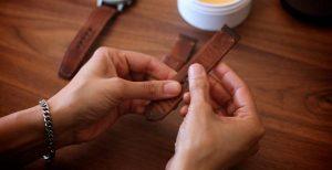 Cách bảo quản dây da đồng hồ ra sao?