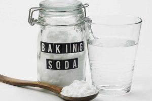 Hỗn hợp baking soda và nước